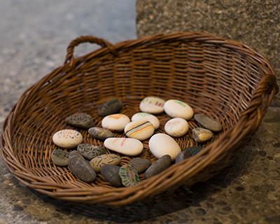 Steine als Symbol in unserem Religionsunterricht