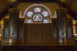 Kapelle Rütihof Fensterbild ob Orgel