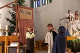 Krippenspiel an Heiligabend in St. Anton 12
