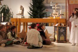Krippenspiel an Heiligabend in St. Anton 17