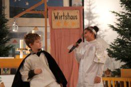 Krippenspiel an Heiligabend in St. Anton 8