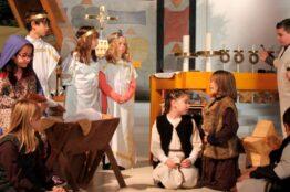 Krippenspiel der Erstkommunionkinder