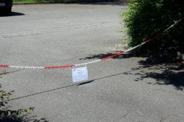 Vorübergehende Parkplatz –Sperrung bei der röm.-kath. Kirche Neuenhof