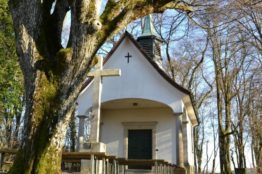 Kirche 1