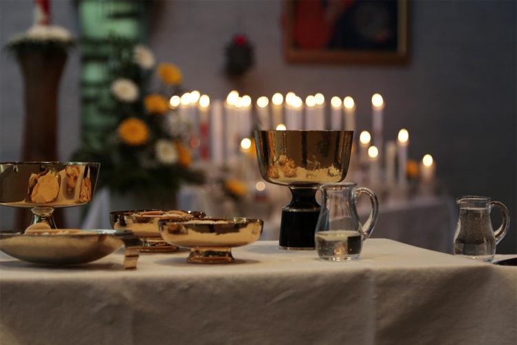 Alternative Möglichkeiten für die Teilnahme am Feiern der Kirche